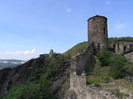 Stavební historie hradu Střekov www.ceskestredohori.cz