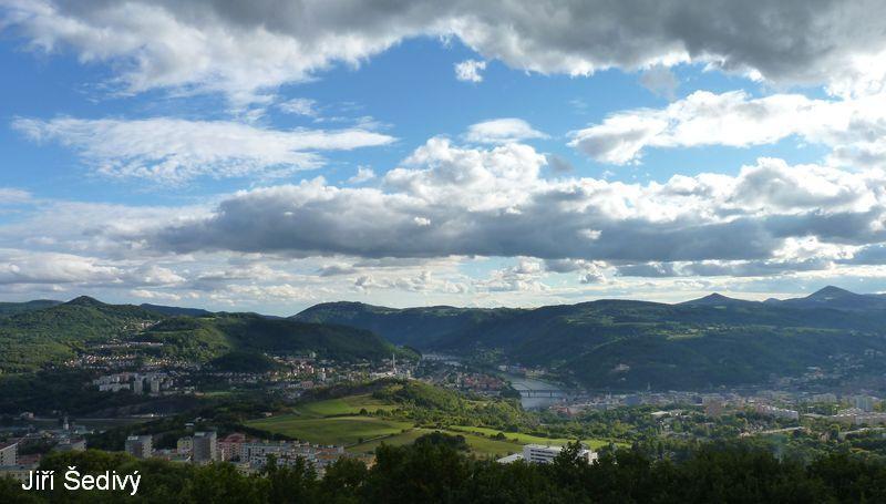 http://www.ceskestredohori.cz/foto/usti-nad-labem/previews/usti-nad-labem_01.jpg